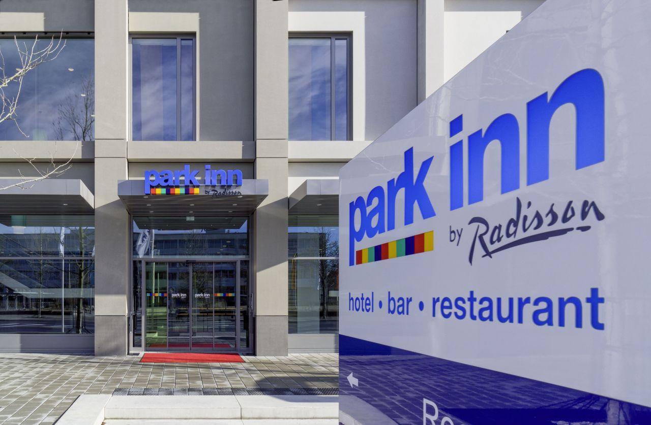 gott erhalt s die oberpfalz neues 4 sterne hotel maybach museum regensburg. Black Bedroom Furniture Sets. Home Design Ideas